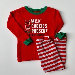 2/$25 ❤️ Carters Toddler Boy Christmas Pajamas
